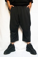 【20%OFF+ポイント5倍】JULIUS TUCKED CROPPED PANTS_ju92